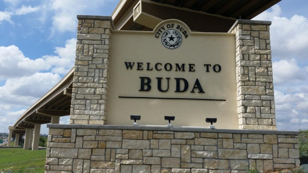 buda texas monument sign